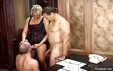 Great bi sex threesome with hot blonde