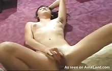Punk chick in dreads fingering her hairy pussy