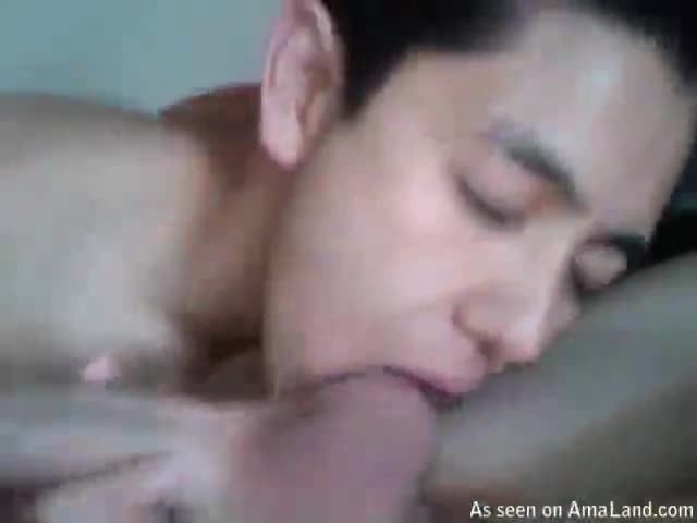 Cock sucking twink bathes in cum