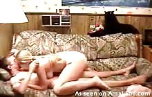 Amateur couple fucking on the sofa