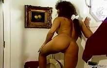 Vintage Fetish Phenoms Erotic Enemas S5 with Bianca Dagger