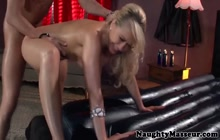 Oily Kagney Linn Karter gets fucked in the pussy