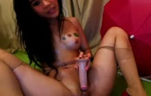 Amateur Asian babe webcam show