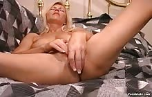 Dripping wet pussies 9 s3 with Nicole Moore
