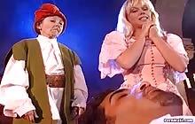 Ho White And The 7 Midgets 2 scene 05