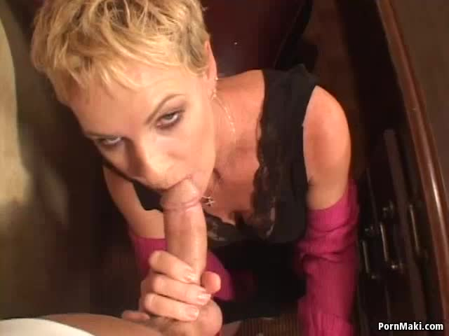 Free hot deepthroat pics